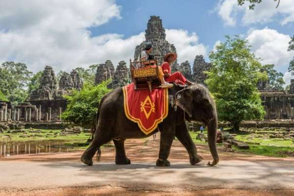 Elephant riding at Bayon